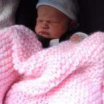 Roslyn, 4 hours old